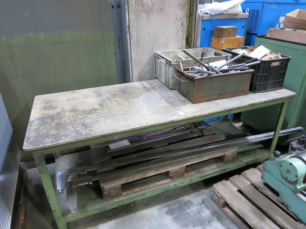 used Handling Assembling station