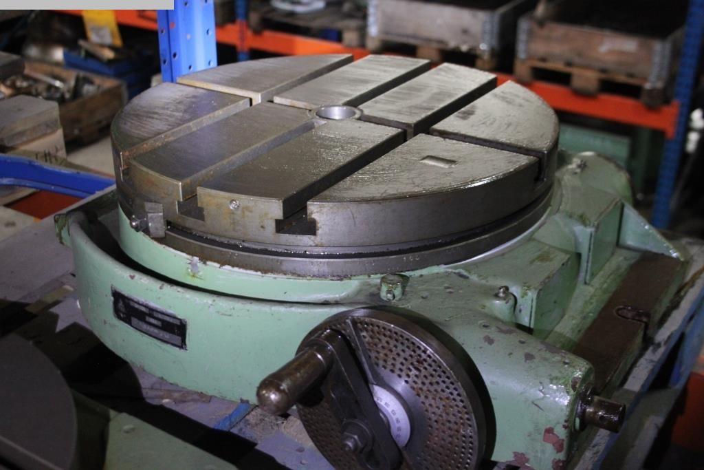 rabljeni Ostali dodaci za alatne strojeve Rotacijski stol Tos SM 500