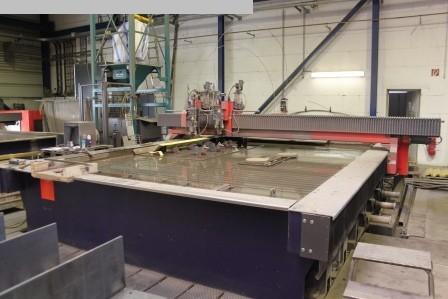 Máquina de corte por chorro de agua para procesamiento de otros metales usada BYSTRONIC Byjett L 4030