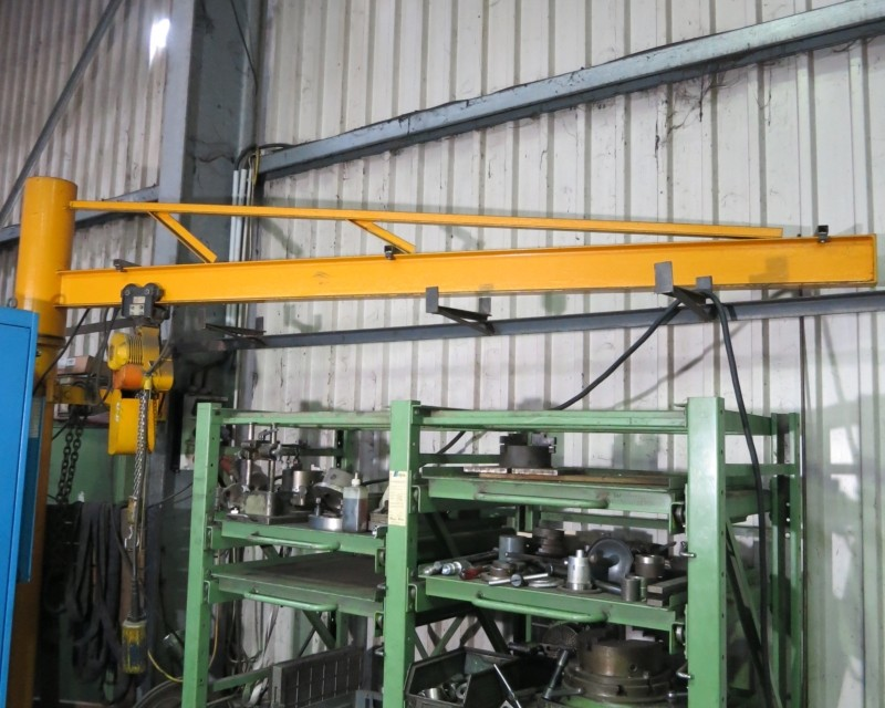 used Other attachments Pillar Type Swivelling Crane  500 kg