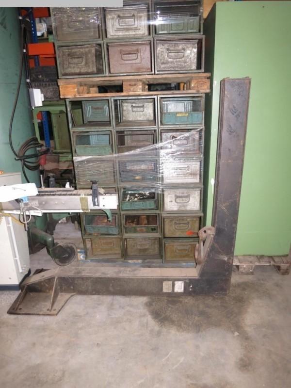 Machines spéciales Machine spéciale VEB Typ 2 Kranarm fuer Gabelstapler