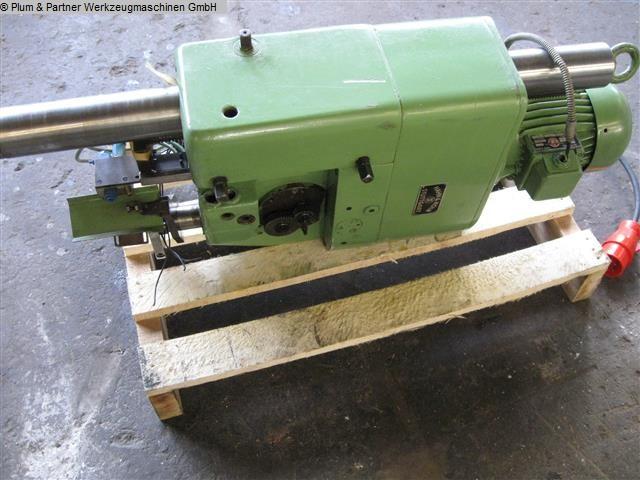 gebrauchte Maschine Gewindebohrmaschine - Vertikal Hueller Ultromat UG 8 / Reihe 4