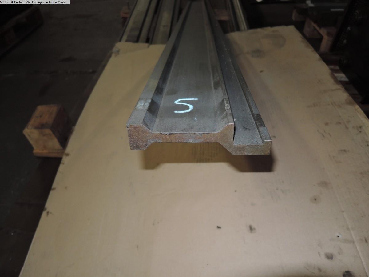 gebrauchte Maschine Abkantwerkzeuge Fabr UNBEKANNT Oberwerkzeuge