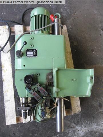 Máquina de perforación de roscas usada - Vertical Hueller Ultromat UG 8 / Reihe 4