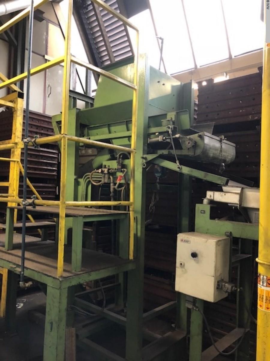 gebrauchte Oberflächenbehandlung Härteanlage - Gas AICHELIN Durchlauf Band Ofen DHLGsb-950°