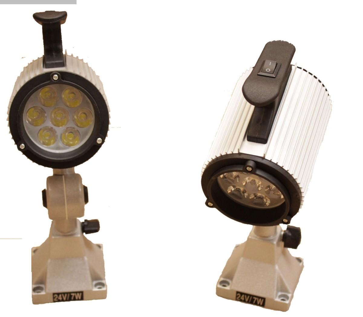 Herramientas y equipos industriales usados. Lámparas para máquinas Aalenbach LED Maschinenlampen kurz