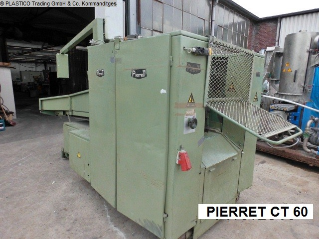 Photo 1 PIERRET guillotine cutting machine