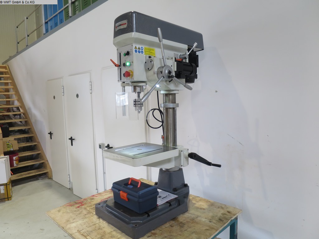 gebrauchte Bohrwerke / Bearbeitungszentren / Bohrmaschinen Tischbohrmaschine CORMAK WS 32 B