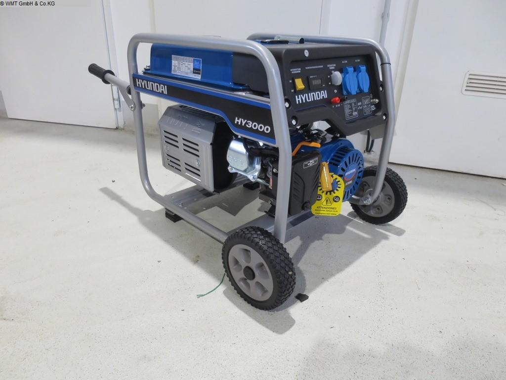 Herramientas y equipos industriales usados Generadores HYUNDAI HY 3000