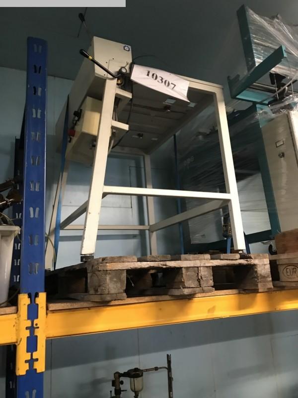 gebrauchte Druckmaschinenzubehör Plattenstanze und Plattenabkanter BEIL TPB-T-74-52/m