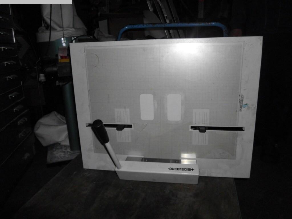 gebrauchte Druckmaschinenzubehör Plattenstanze und Plattenabkanter HEIDELBERG A1.090.9016/01