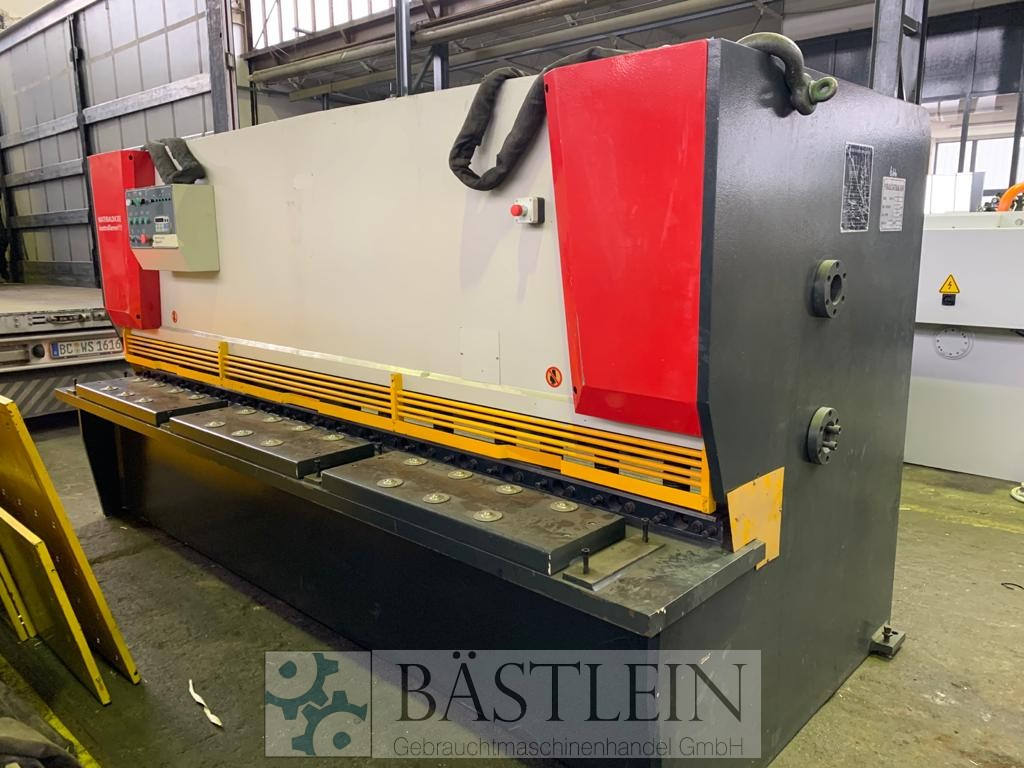 used Sheet metal working / shaeres / bending Plate Shear - Hydraulic HAINAN GREAT HSS11Y-3200x6