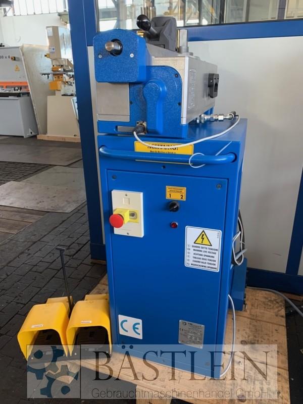 gebrauchte Blechbearbeitung / Scheren / Biegen / Richten Rohrbiegemaschine ERCOLINA HB60-M1