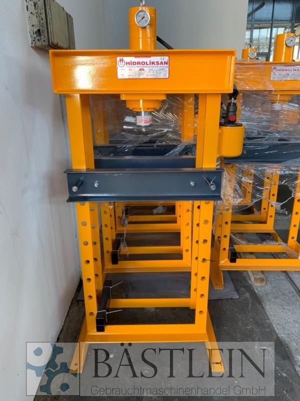 gebrauchte Pressen und Bördelmaschinen Werkstattpresse - hydraulisch HIDROLIKSAN HD 30