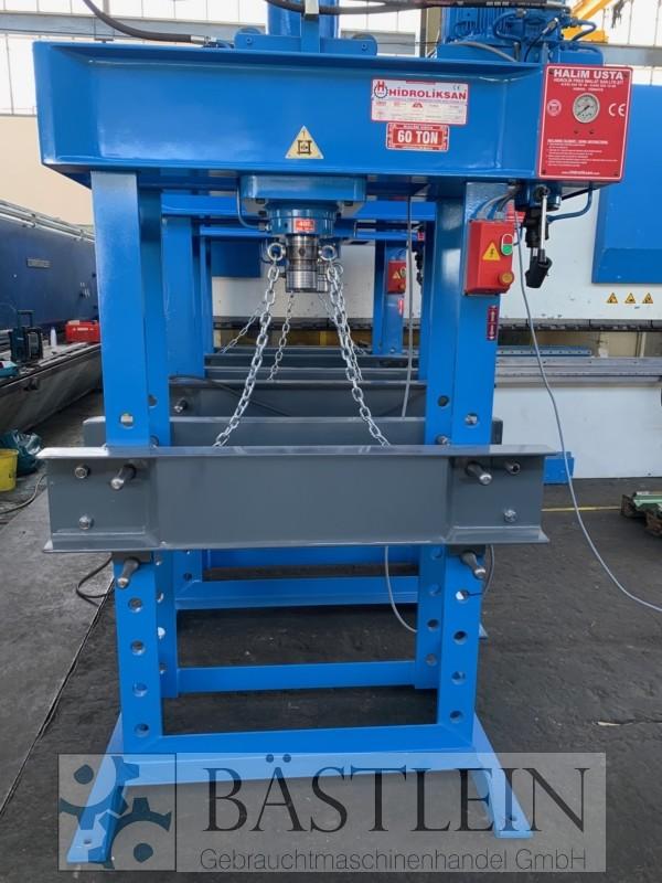 gebrauchte Pressen und Bördelmaschinen Werkstattpresse - hydraulisch HIDROLIKSAN HD 60