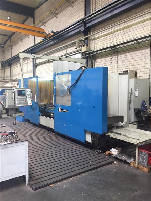 used Milling machines Bed Type Milling Machine - Universal KIHEUNG PEGASUS KNC U1000