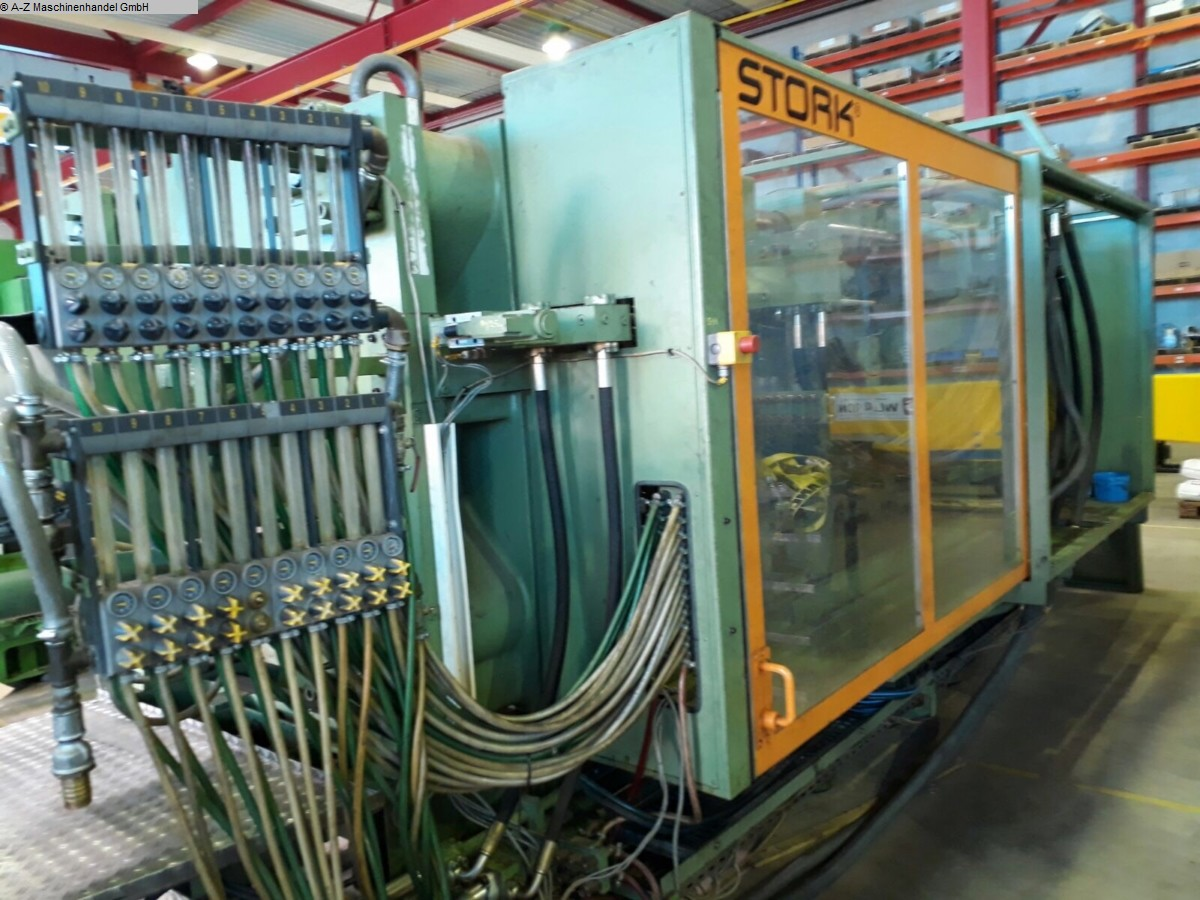 used Injection molding machine over 5000 KN STORK SX6600-8600