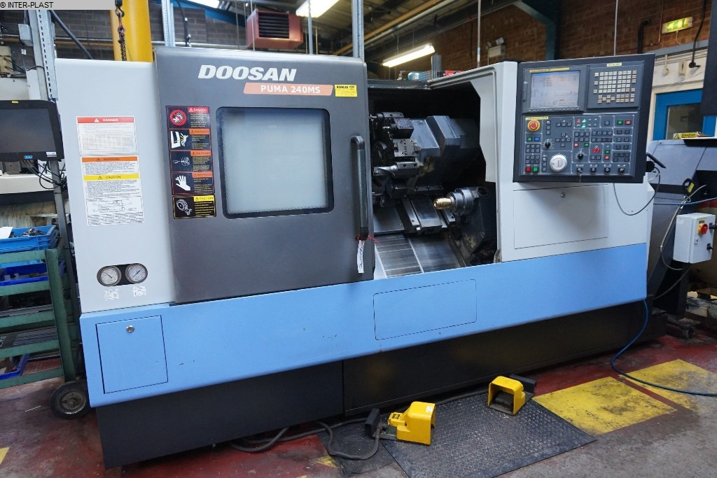 used CNC Lathe - Inclined Bed Type DOOSAN PUMA 240 MSB