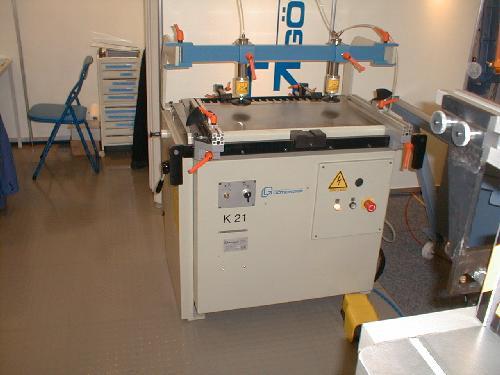 gebrauchte Maschine Universal-Dübellochbohrmaschine GOETZINGER K 21