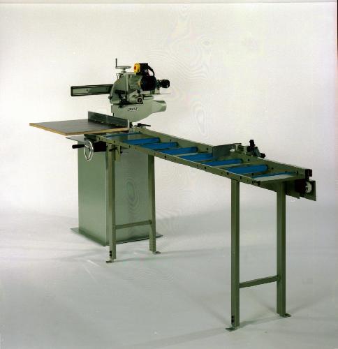 gebrauchte Holzbearbeitungsmaschinen Kapp- und Gehrungssäge GRAULE ZS 135