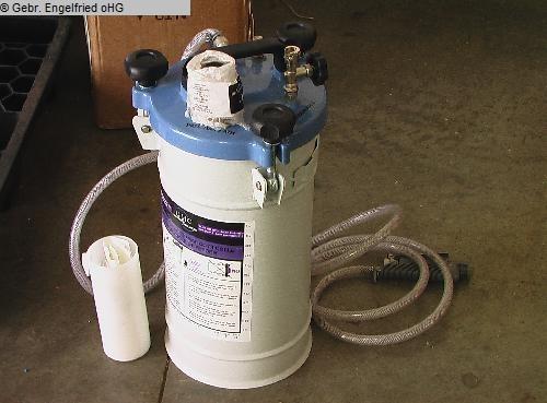 gebrauchte Furnieren, Pressen, Leimen, Kleben Leimauftragsmaschine GMC Leimbehaelter mit Spachtel