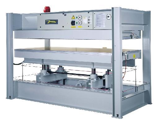 Placage utilisé, presses, epandeur de colle Presse de placage JOOS Basic EU 70