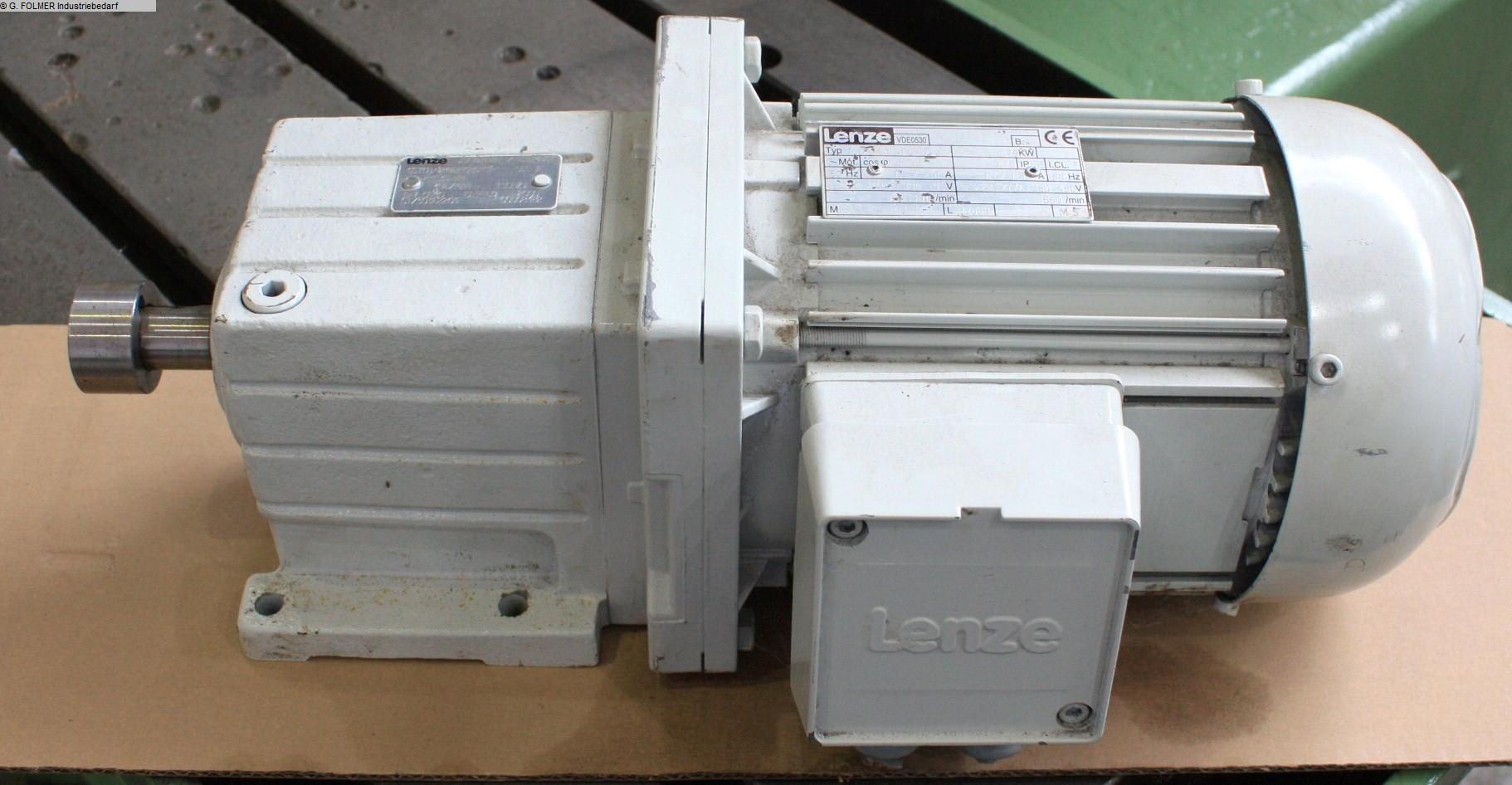 gebrauchte Maschine Ersatzteile LENZE MDXMA1M080