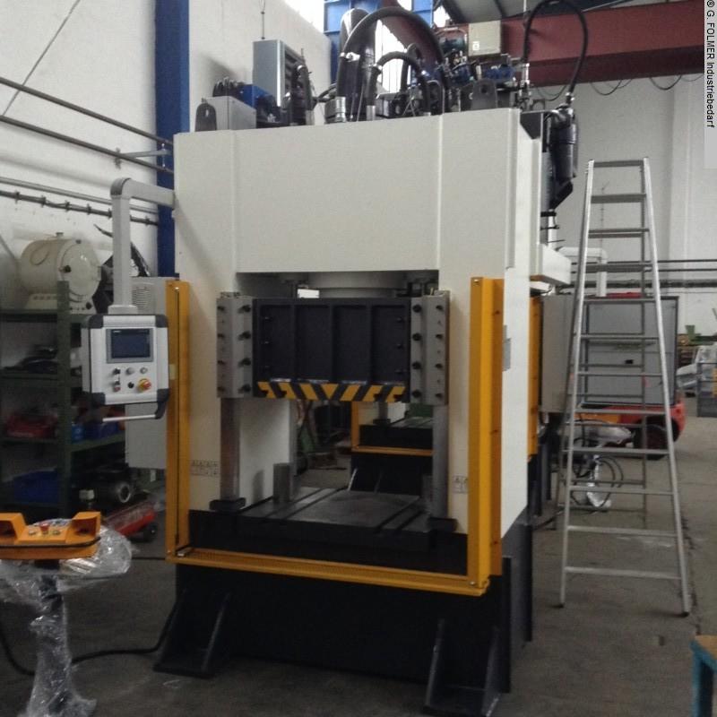 gebrauchte Maschine Hydraulische - Zweisäulenpresse Folmer DCC