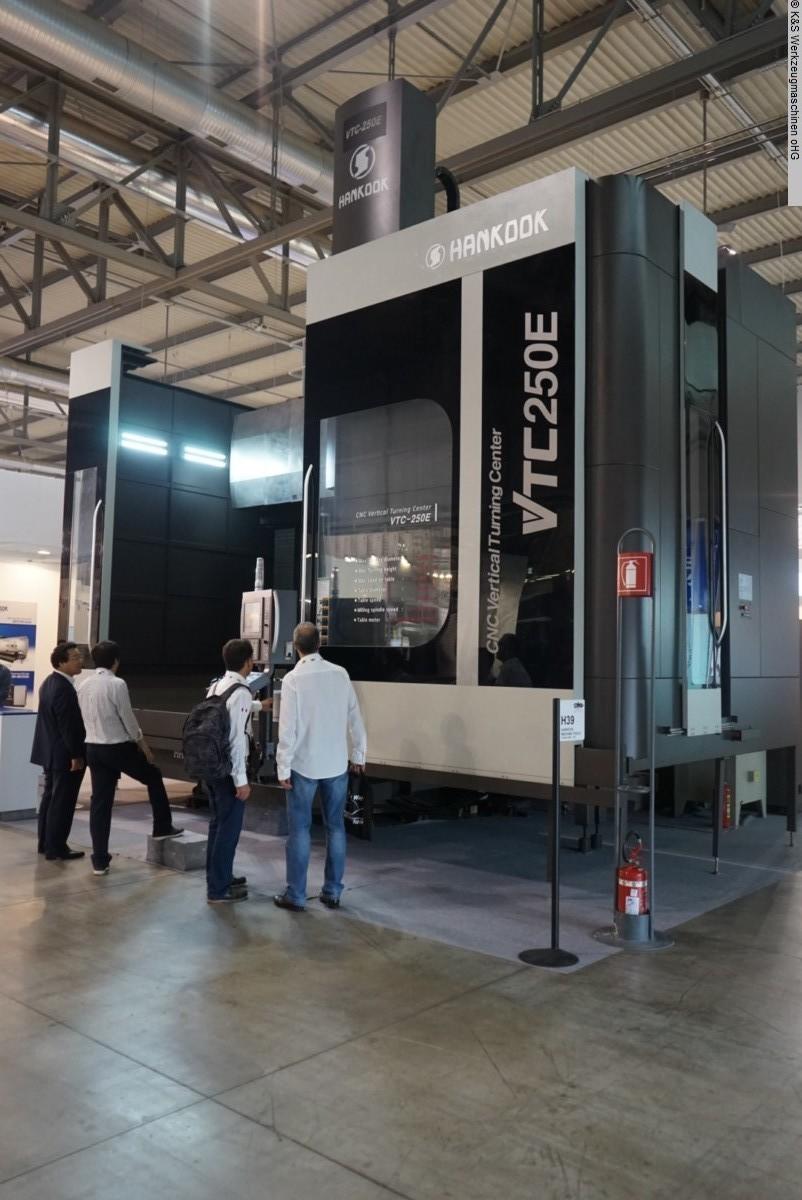 gebrauchte Drehmaschinen Karusselldrehmaschine - Einständer HANKOOK VTC-250E (Bj. 2020)