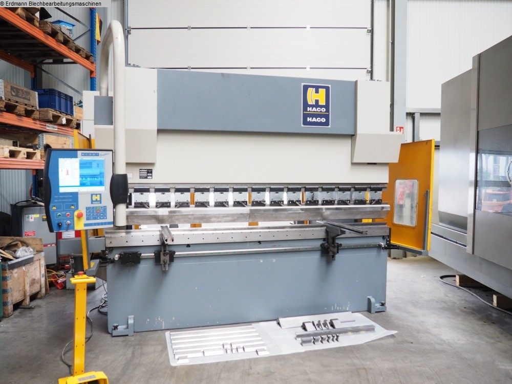 gebrauchte  Abkantpresse - hydraulisch HACO ERM 220t x 3000mm