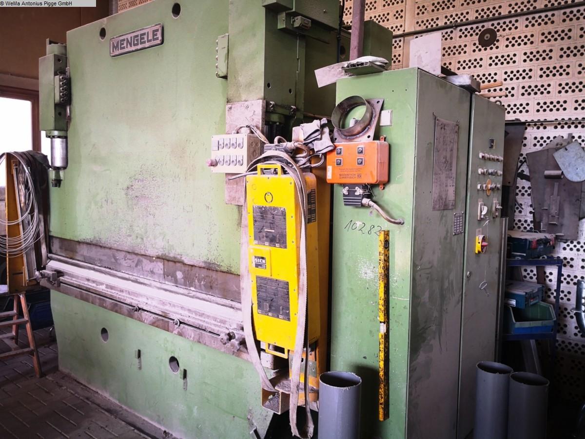 gebrauchte Blechbearbeitung / Scheren / Biegen / Richten Abkantpresse - hydraulisch MENGELE D80-2