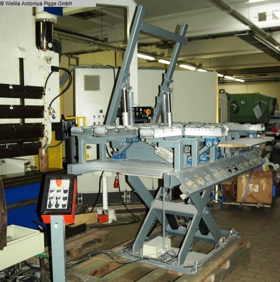 used Other attachments Lift table UNBEKANNT Montagevorrichtung