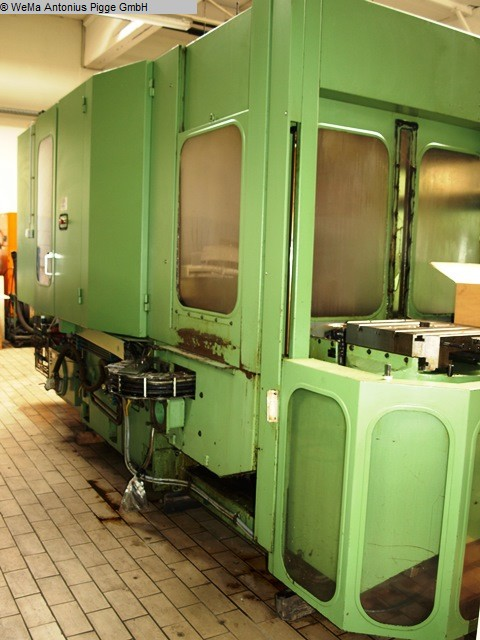 used milling machining centers - horizontal DECKEL DC 40