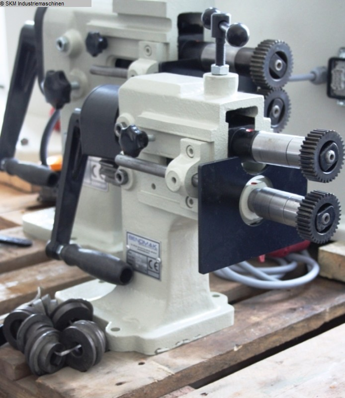used Flanging and Seam Rolling Machine BENDMAK SW 80 man.