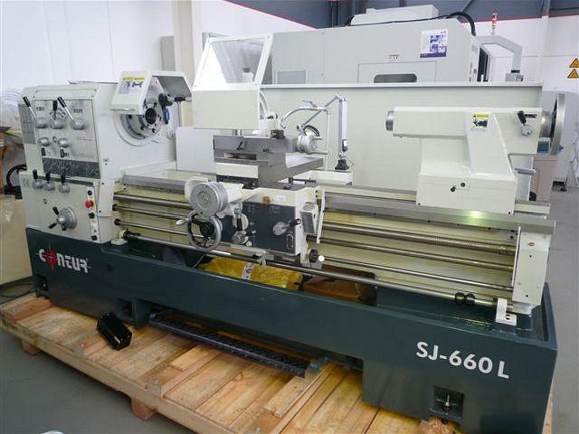 gebrauchte  Leit- und Zugspindeldrehmaschine CONTUR SJ-760