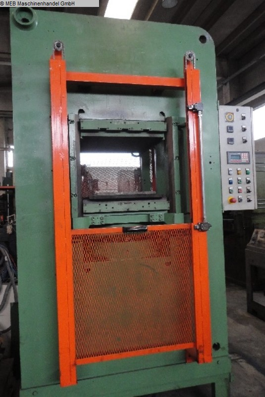 gebrauchte Gummiverarbeitungsmaschinen Vulkanisierpresse Mapelli 600 x 630 mm