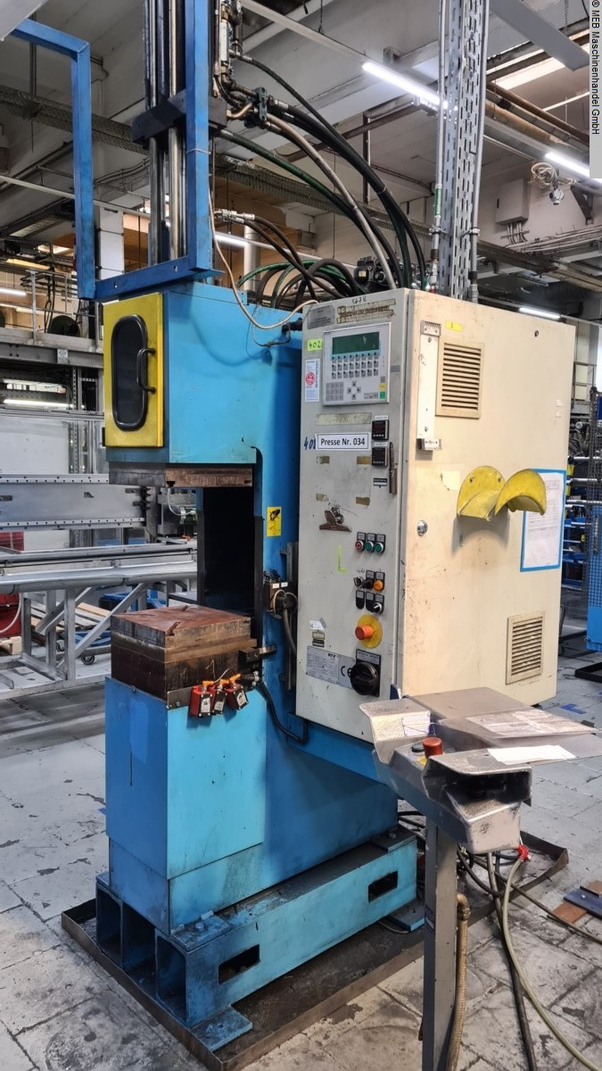 used Injection Moulding Injection-moulding machine (rubber) LWB Steinl VCE 270/160 B