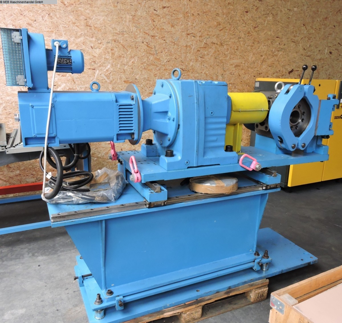 used Rubber processing Rubber Extruder TROESTER Zahnradpumpe ZP 75/50