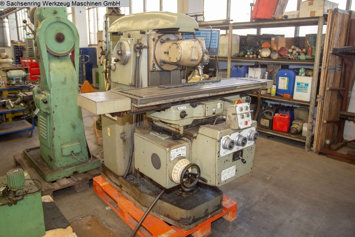 used  Knee-and-Column Milling Machine - univ. AUERBACH FU 250