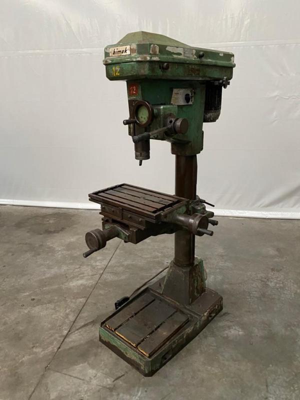 Bild: Tischbohrmaschine