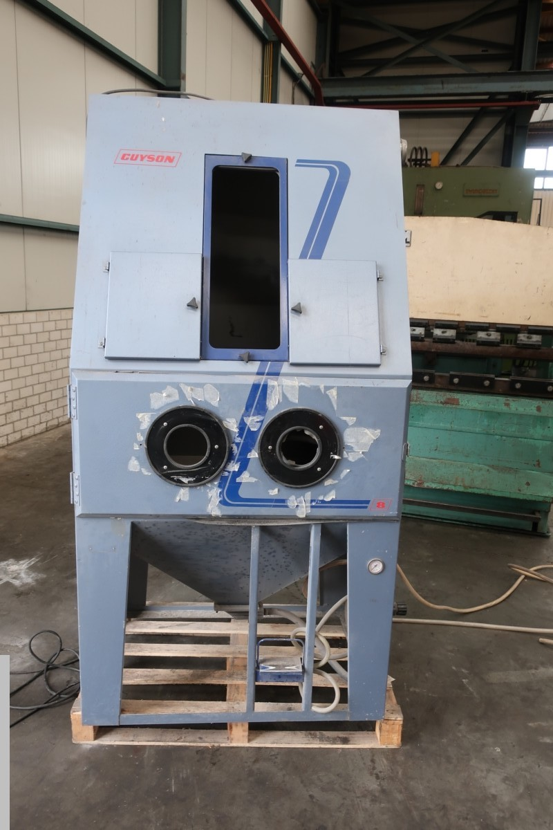 used Other attachments Sandblasting Machine Guyson GL8