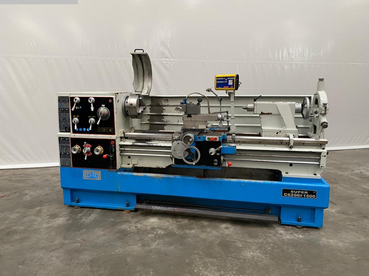 used Lathes lathe-conventional-electronic Toren C6266 x 1500