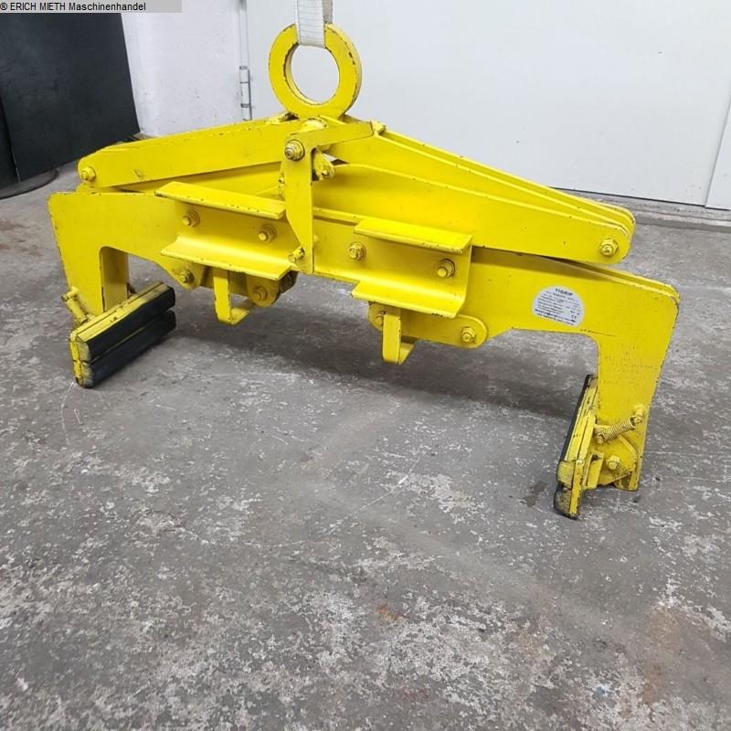 Technique de transport et de stockage Crane TIGRIP-YALE TBG 0.3 - 700