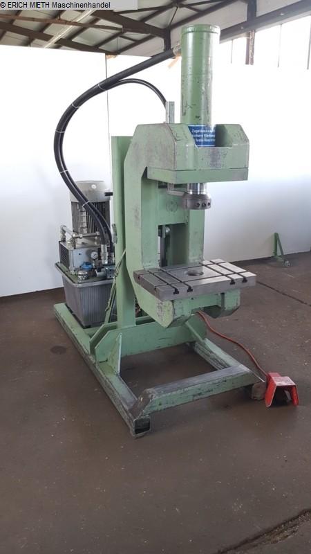 gebrauchte Pressen und Bördelmaschinen Hydraulische Presse HORNUNG SHP 350