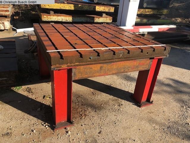 Autres accessoires pour machines-outils Table de serrage Krups A16