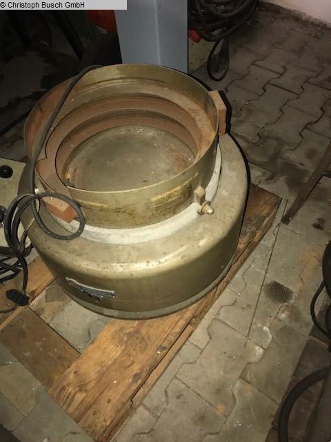б / у Прочая металлообрабатывающая центрифуга HÖFLIGER UND KARG 400
