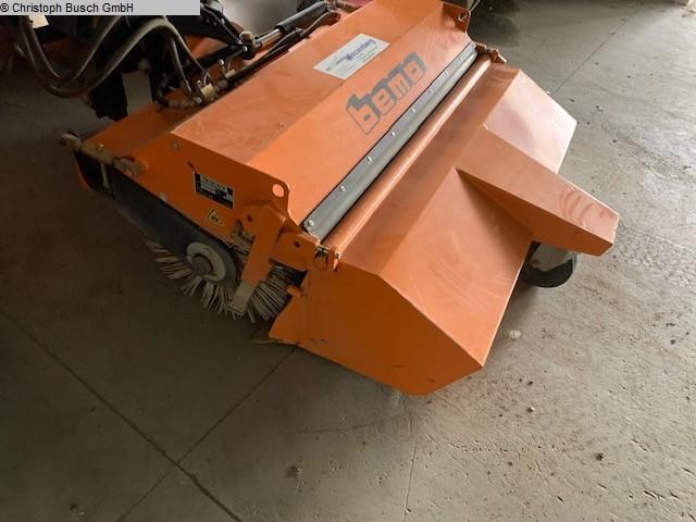 used Excavators/crushing plants Sweeping Machine BEMA, LUISAGO, ITAL. 1250 Schlepper