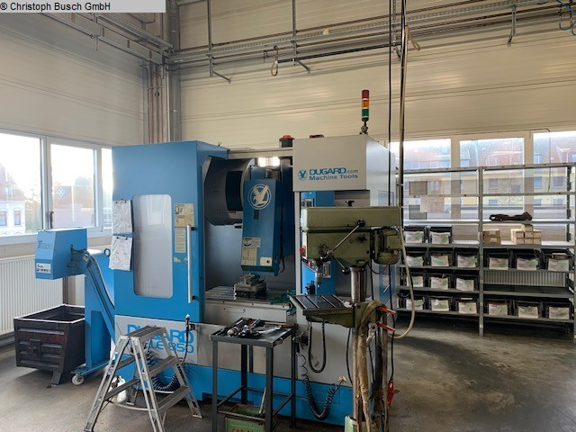 used Milling machines milling machining centers - universal DUGARD Eagle 850