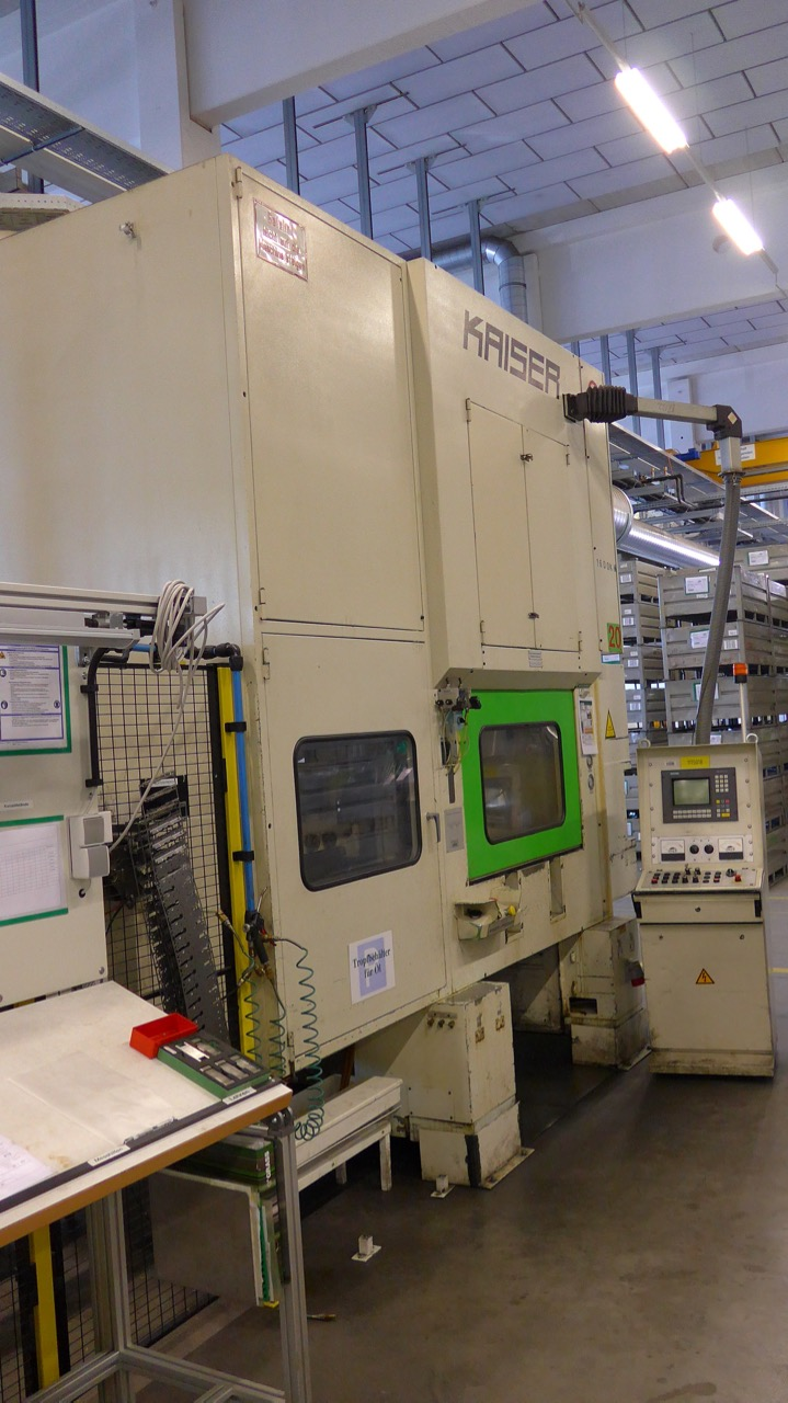 used  double-sided high speed press KAISER V 160 WR 1300