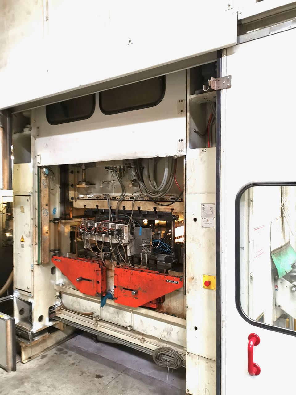 used  double-sided high speed press MÜLLER - WEINGARTEN HL 160.16